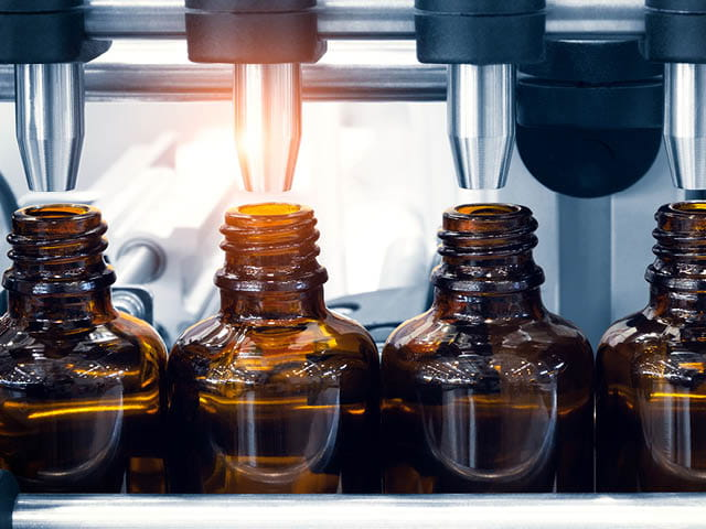 Pharmaceutical small batch manufacturing