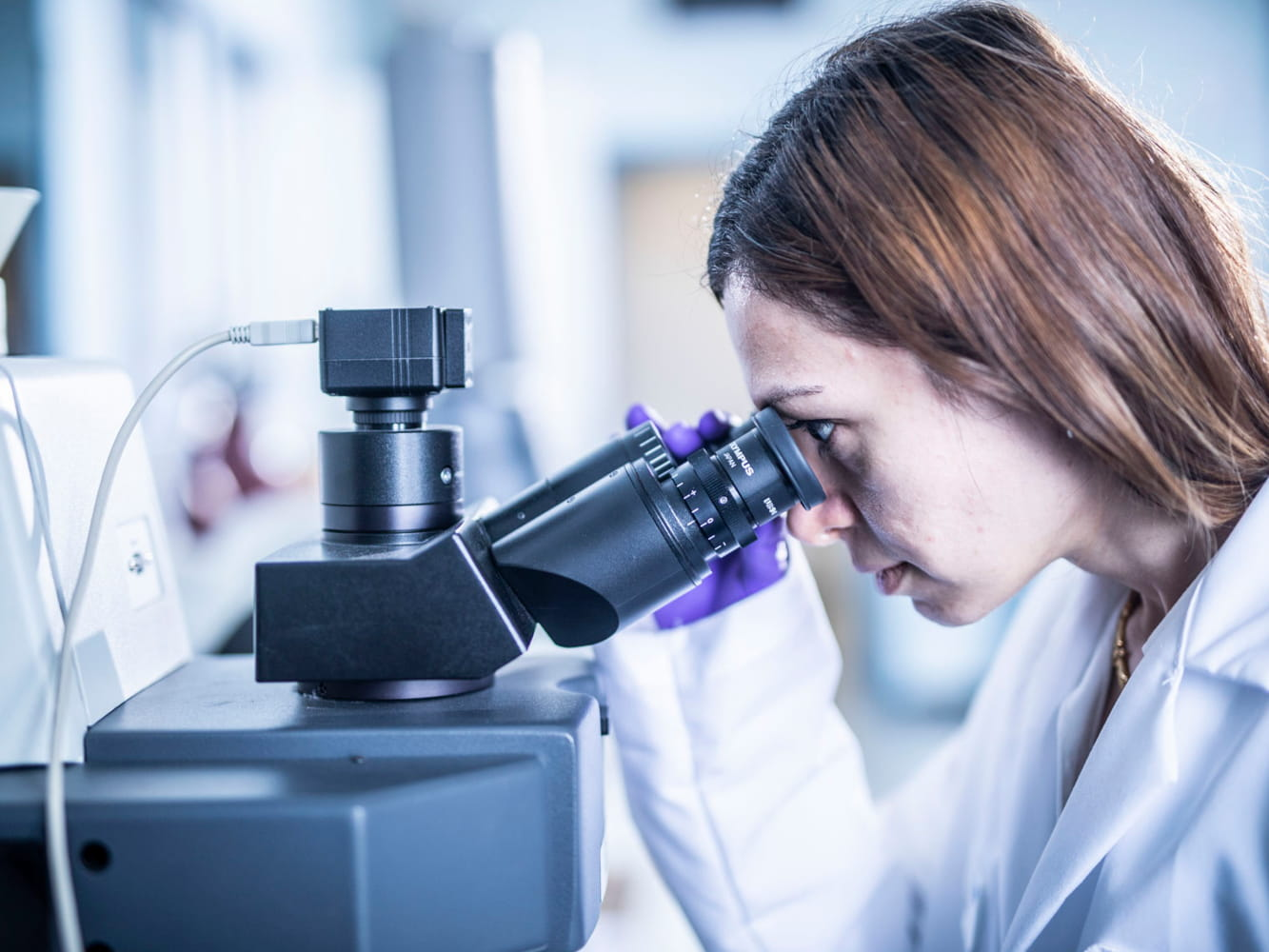 Detecting contamination in pharmaceutical products