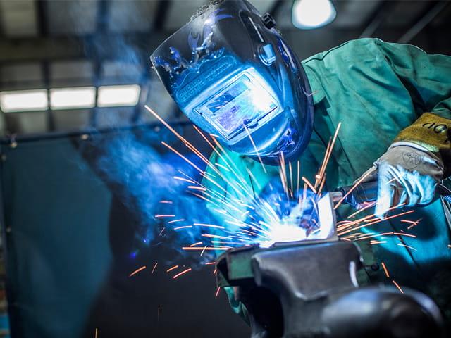 welding testing 640x480